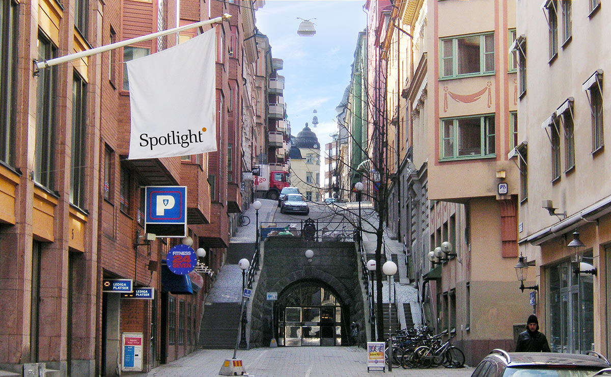 spotlightpr_viflyttar